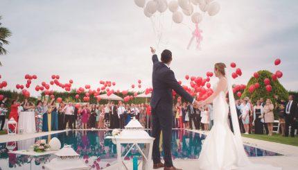 Yuk Ramaikan Acara Wedding Kerabat dengan Ide Kado Pernikahan yang Berkesan