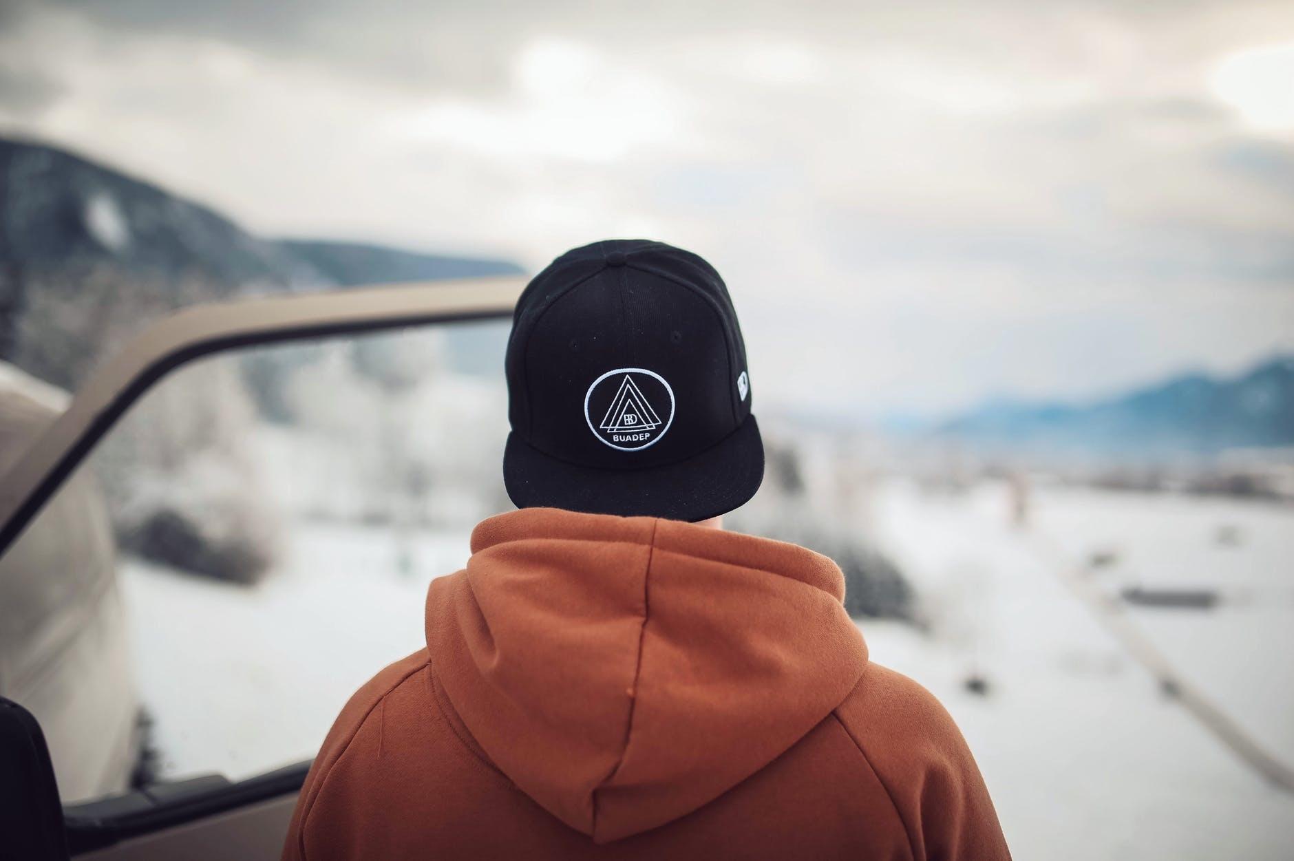 3 Tips Desain Topi untuk Promosi Perusahaan