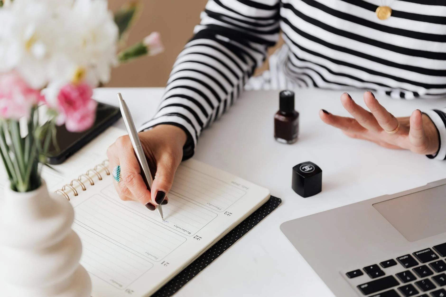 Karyawan Milenial Butuh Agenda untuk Journaling dan Catat Hal Penting Ini