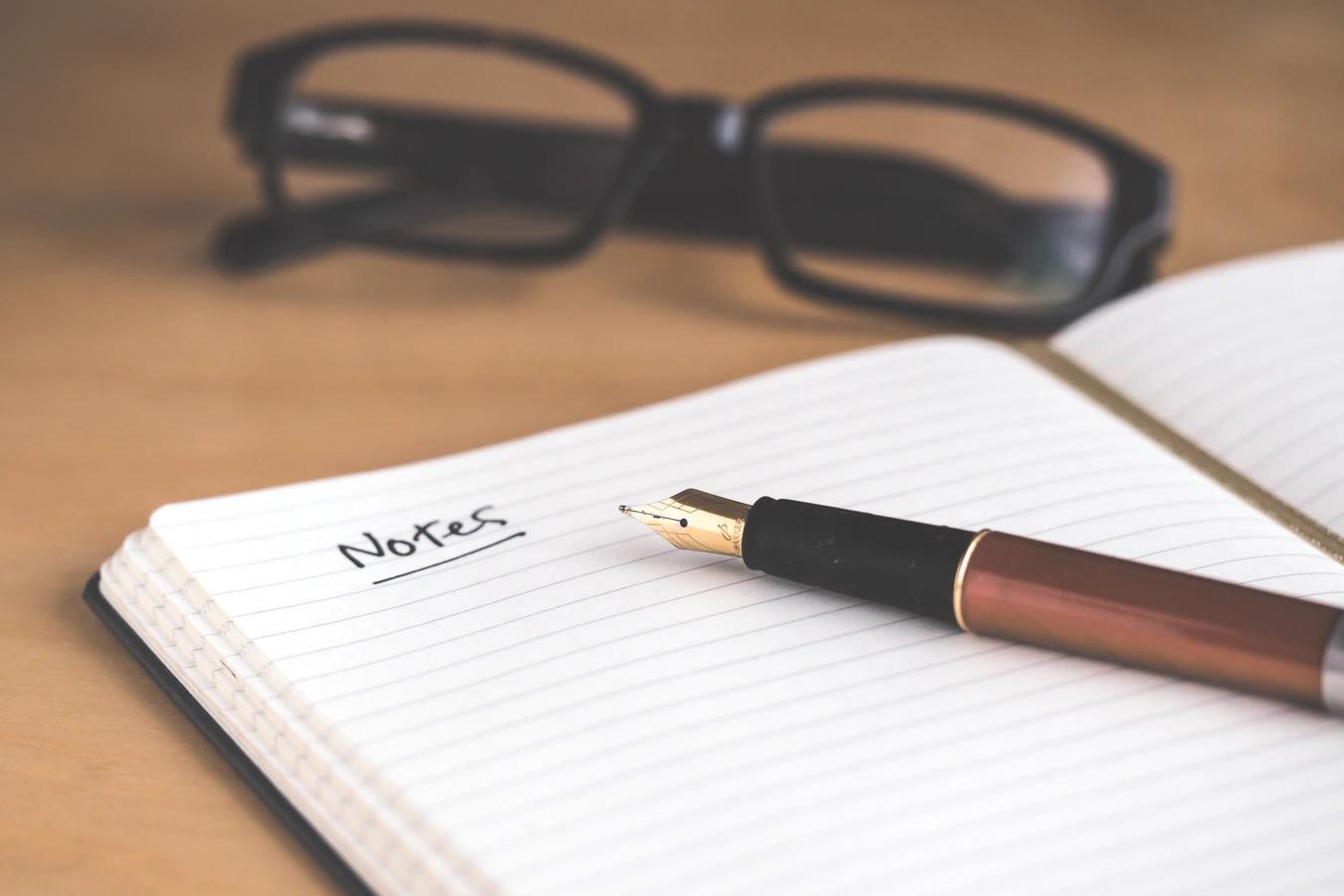 Tempat Menuangkan Ide Menarik Hingga Kini: Buku Agenda