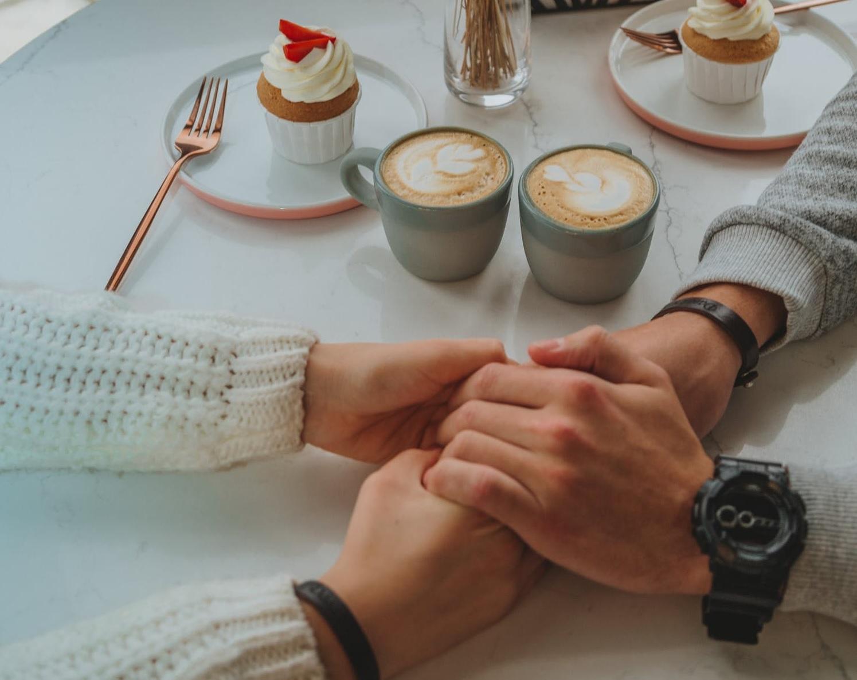 Apa Saja Ide Romance Custom Mug untuk Ulang Tahun Pasangan?