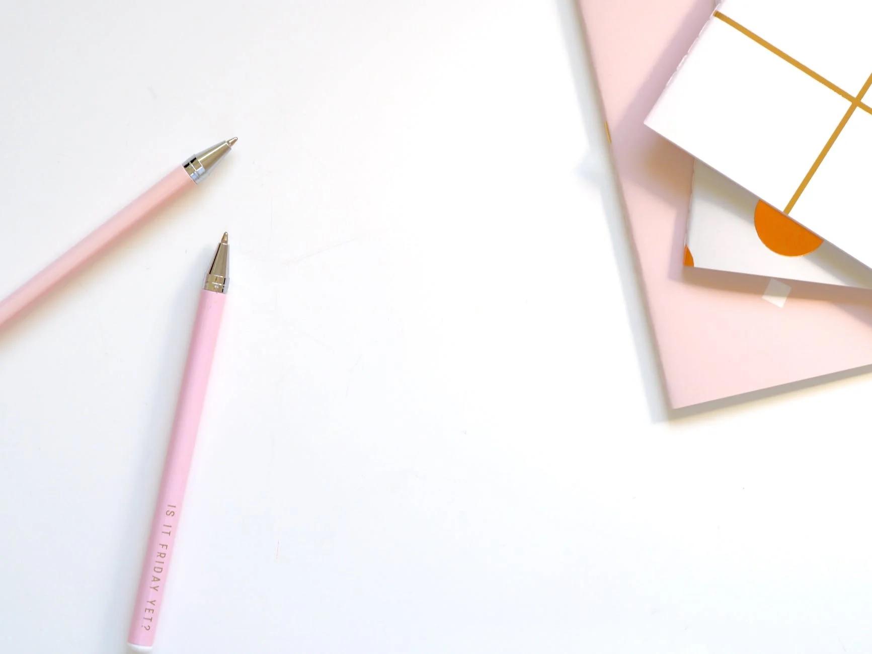 Mengapa Menulis Tangan Sangat Penting dan Apa Alat Pendukungnya?