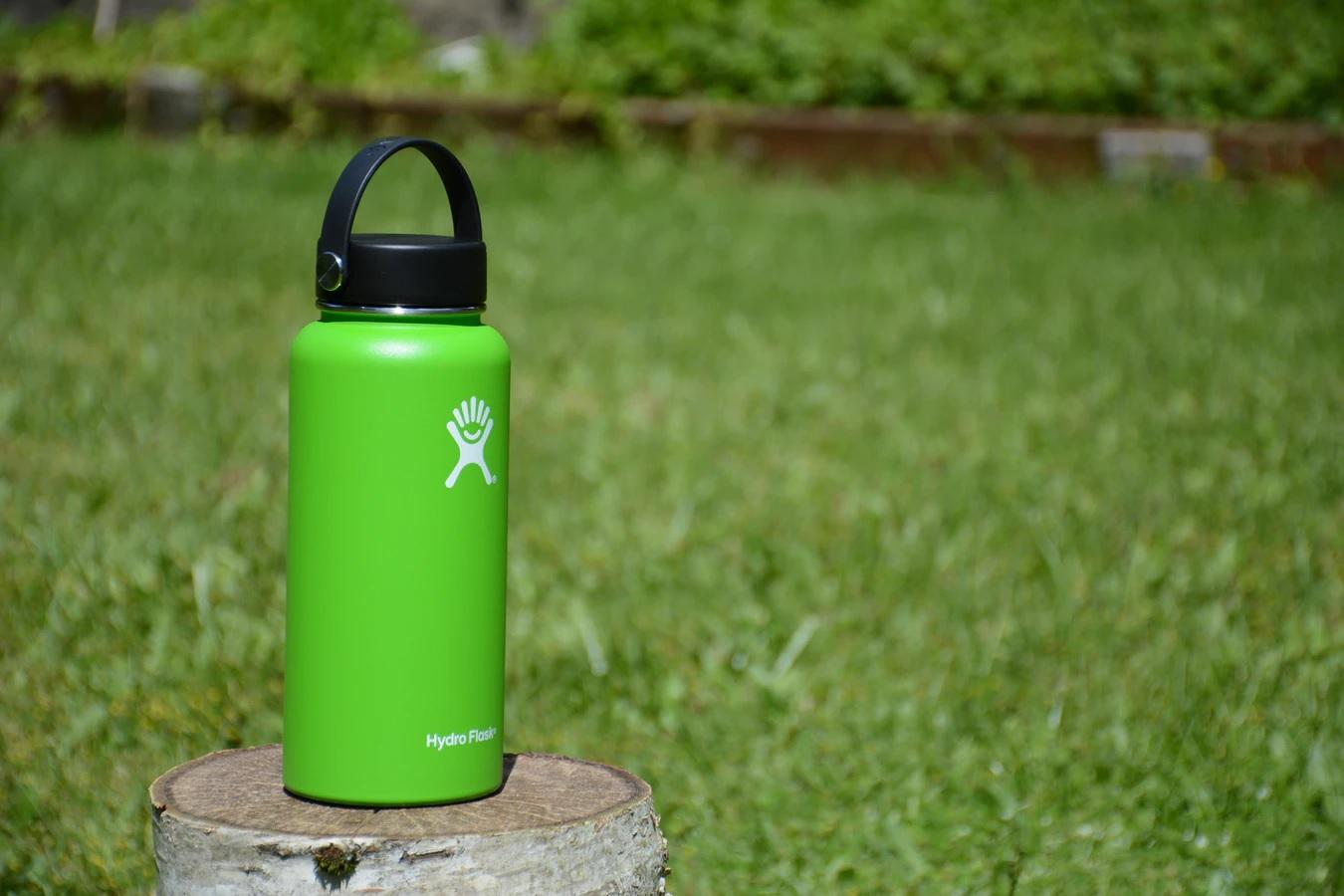 Model Training Cup dengan Sedotan atau Tumbler untuk Si Kecil