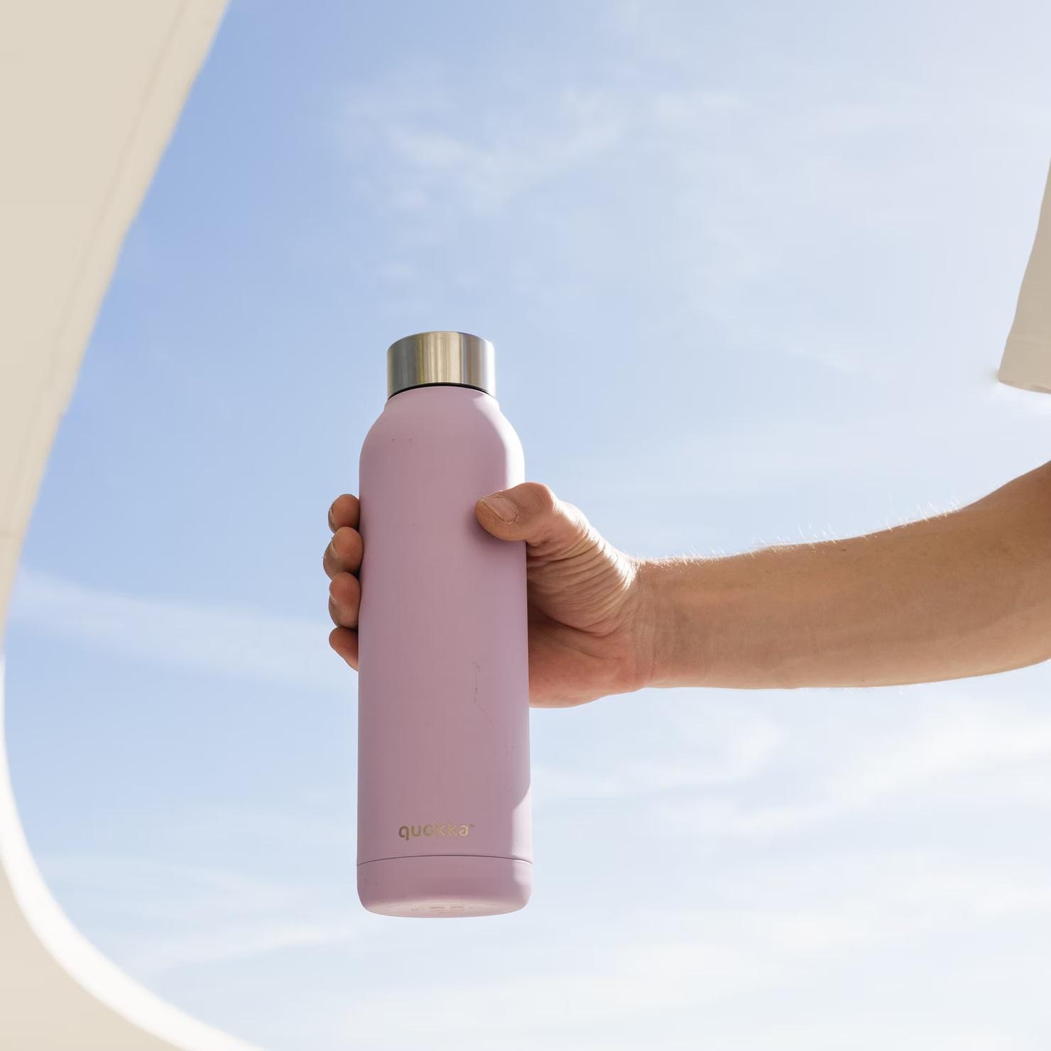 Jaga Konsumsi Minum Harian dengan Tumbler dan Water Cup Unggulan