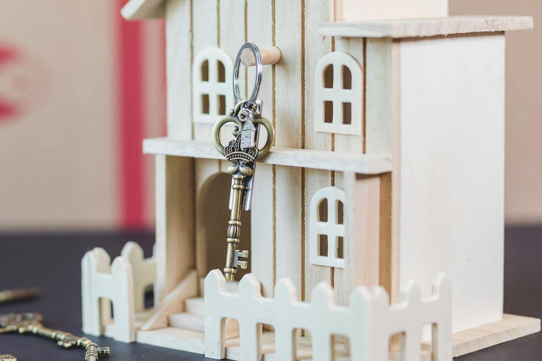 Maksimalkan Interior Rumah dengan Tempat Gantungan Kunci Terbaik