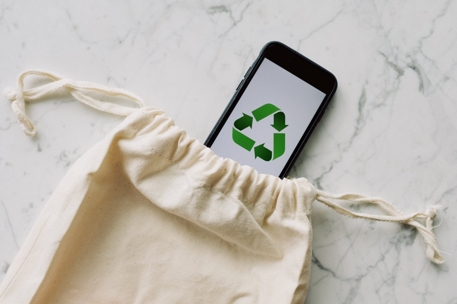 Eco Bag, Solusi Belanja Tanpa Sampah Plastik